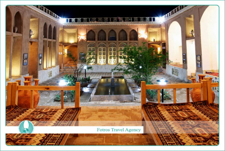 Sharbaf Traditional Hotel